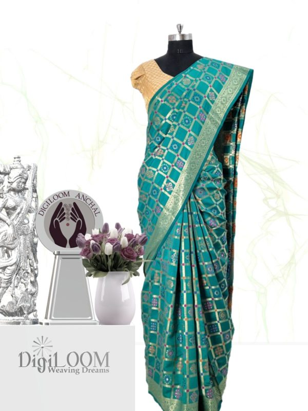 Handloom Patola Silk Saree in Turquoise Colour