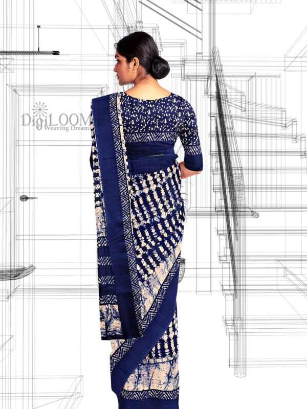 Blue Handloom Moonga Mulberry Silk Saree with Batik Prints - a3