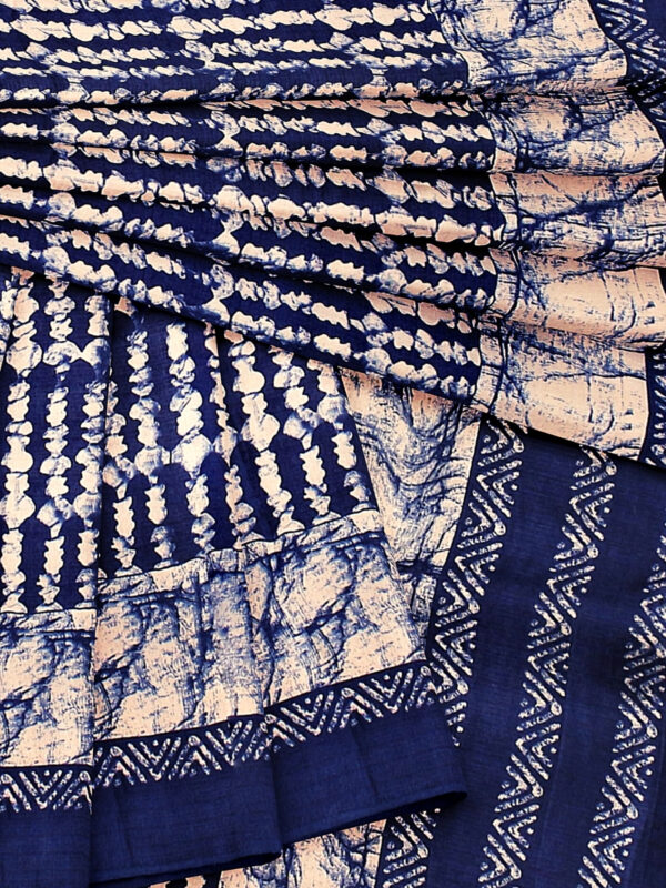 Blue Handloom Moonga Mulberry Silk Saree with Batik Prints - a6