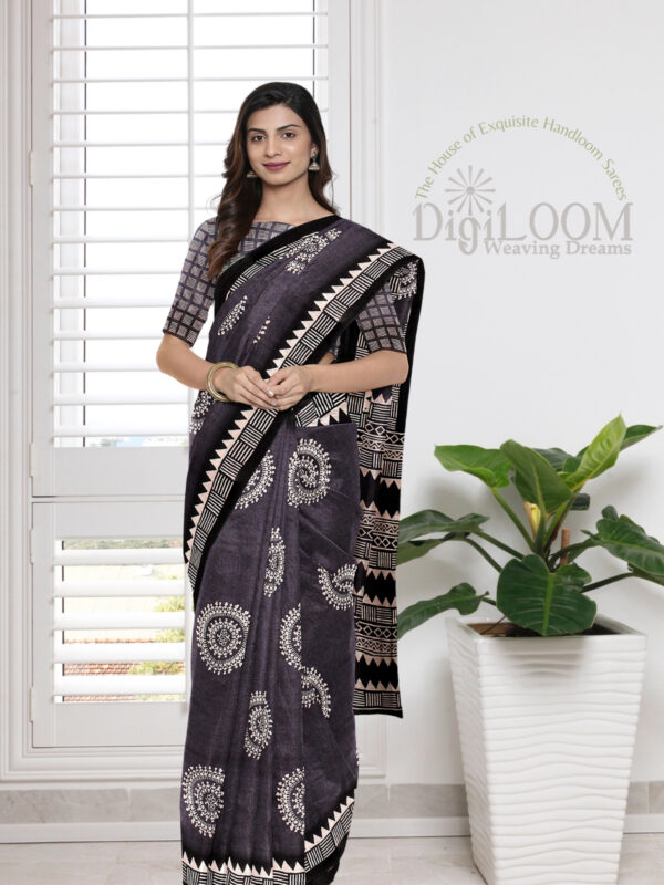 Grey Handloom Moonga Mulberry Silk Saree with Tribal Prints 2
