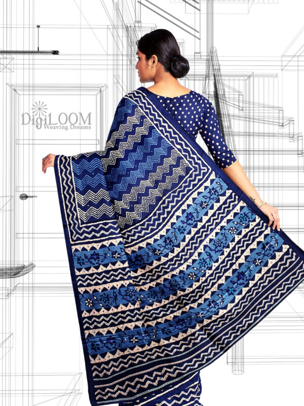 Handloom Moonga Mulberry Silk Saree in Tints and Shades of Blue 7