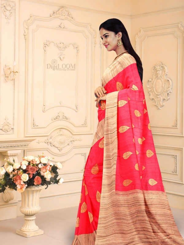 Hot Pink Pure Banarasi Handloom Silk Saree with Contrast Pallu 3